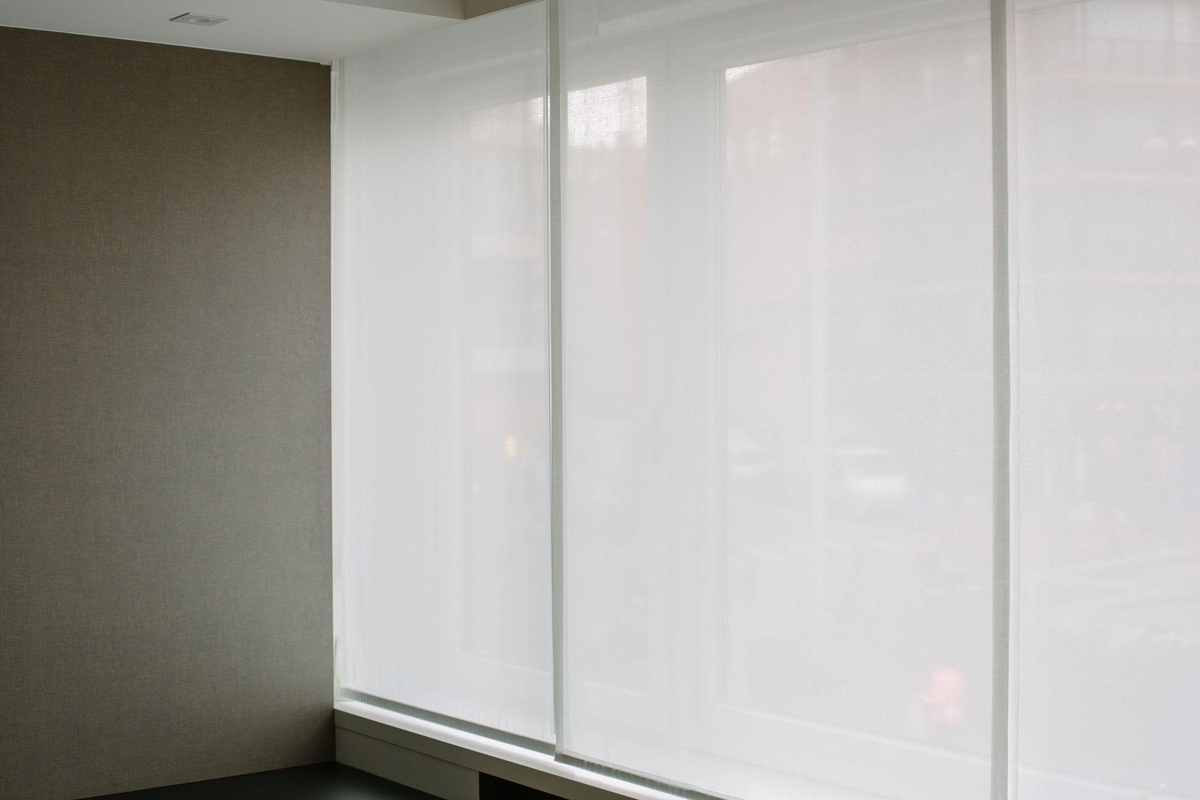 Gordijn Als Scheidingswand : Japanse paneelgordijnen in diverse kleuren en dessins